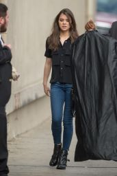 Hailee Steinfeld - Arriving and Leaving Jimmy Kimmel Live, May 2015