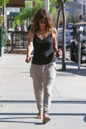 Halle Berry - Arrives at Kinara Skin Care Clinic & Spa in West Hollywood, April 2015
