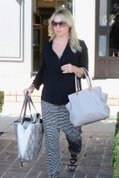 Jennie Garth - Shopping at Frederic Fekkai Salon in LA, April 2015
