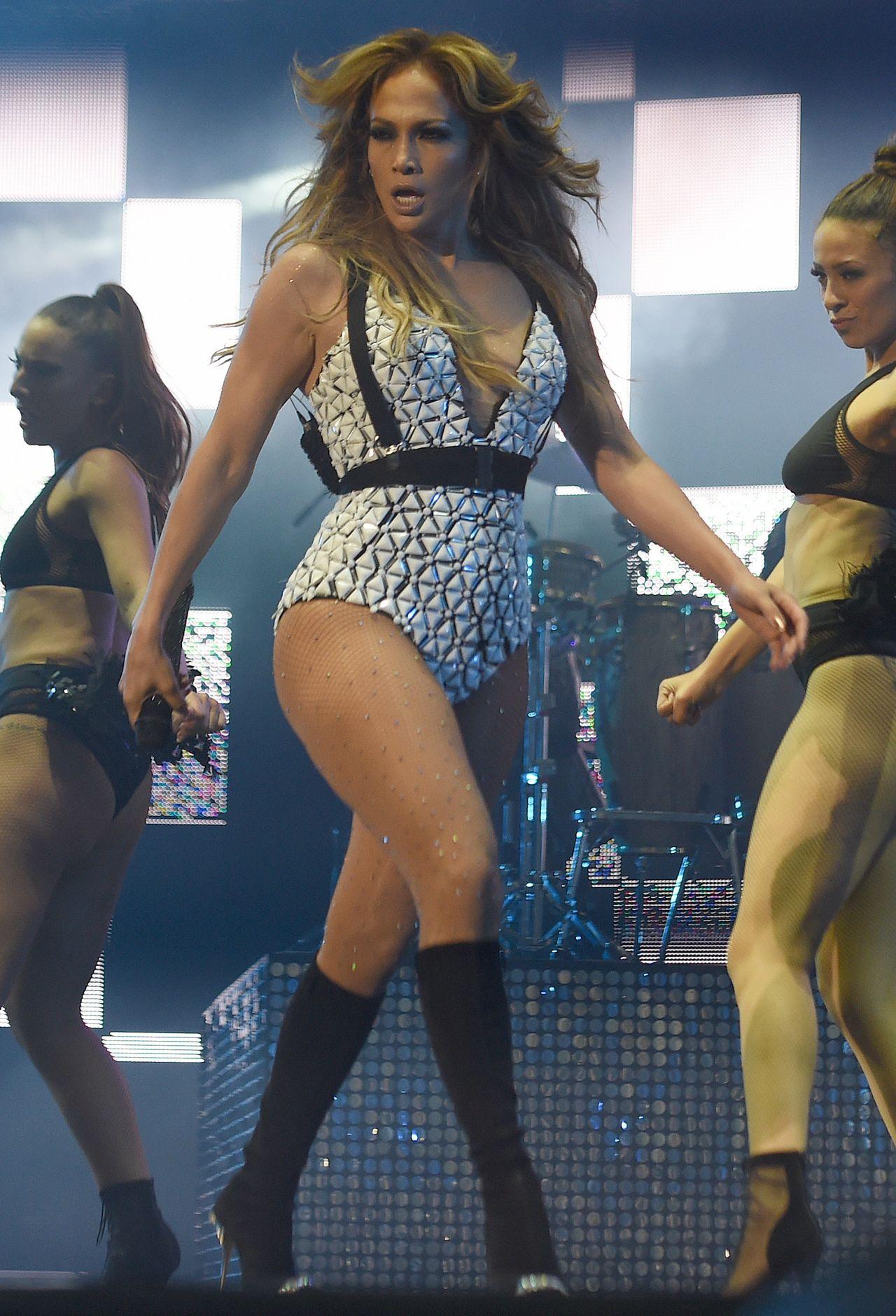 Jennifer Lopez - 2015 Mawazine International Music Festival in Rabat, Morocco