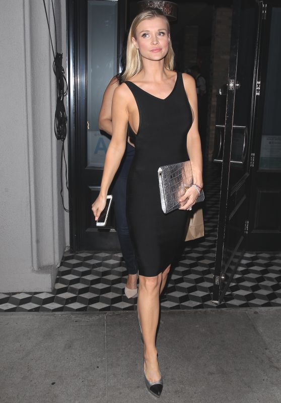 Joanna Krupa Night Out Stylle - Craig
