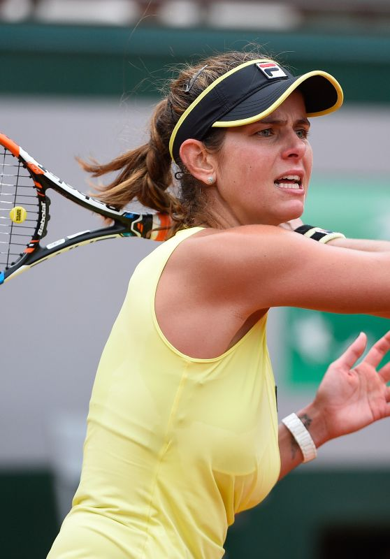 Julia Goerges – 2015 French Tennis Open at Roland Garros in Paris – 2nd Round