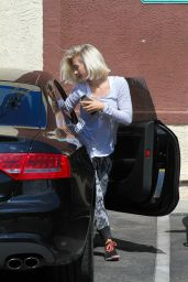 Julianne Hough - Arriving at the DWTS Rehearsals in Hollywood, May 2015