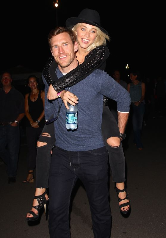 Julianne Hough - at the U2 concert in Inglewood, May 2015