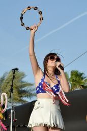 Kacey Musgraves Performs at 2015 Stagecoach California's Country Music Festival in Indio