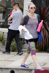 Kaley Cuoco - Leaving the Gym in Los Angeles, May 2015
