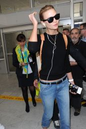 Karlie Kloss - Airport in Nice, France, May 2015