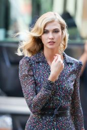 Karlie Kloss - Photoshoot in New York - May 2015