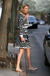 Karlie Kloss Style - Leaving Her Apartment in NYC, April 2015