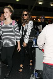 Kate Beckinsale at JFK Airport, May 2015