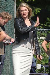 Kate Upton -  The Layover Set Photos in Langley City, Canada, May 2015
