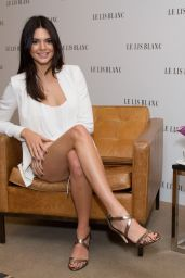 Kendall Jenner - Le Lis Blanc Photocall in Sao Paulo, May 2015