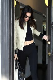 Kendall Jenner - Leaves B2V Salon in Los Angeles, May 2015