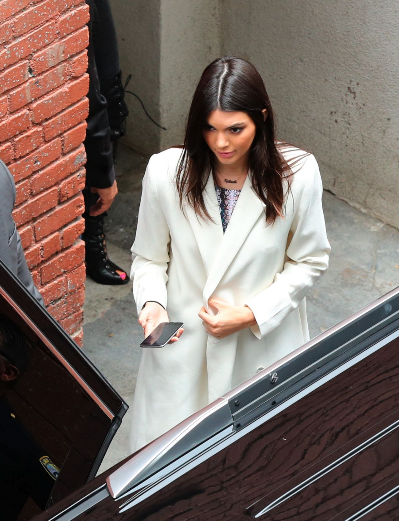 Kendall Jenner – Leaving PacSun Store in Santa Monica, May 2015