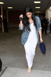 Kim Kardashian - Bob Hope Airport in Burbank, May 2015