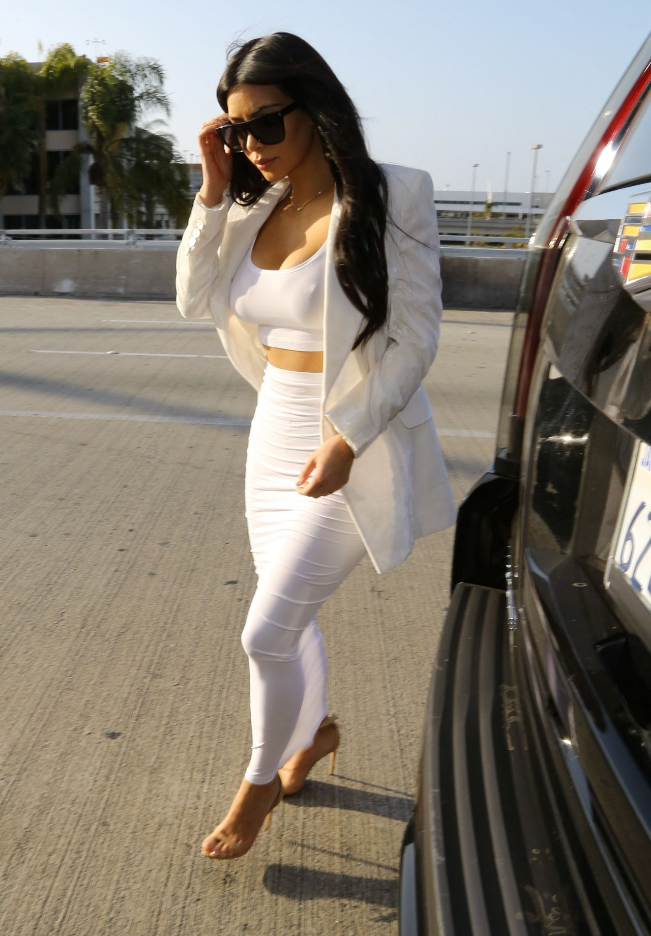 Kim Kardashian Style Lax Airport May 2015