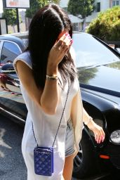 Kylie Jenner - XIV Karats LTD in Beverly Hills, May 2015