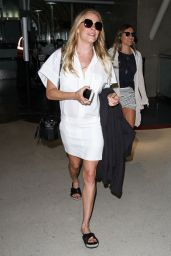 LeAnn Rimes - LAX Airport, May 2015