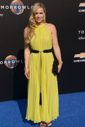 Lindsey Vonn – Tomorrowland Premiere in Anaheim