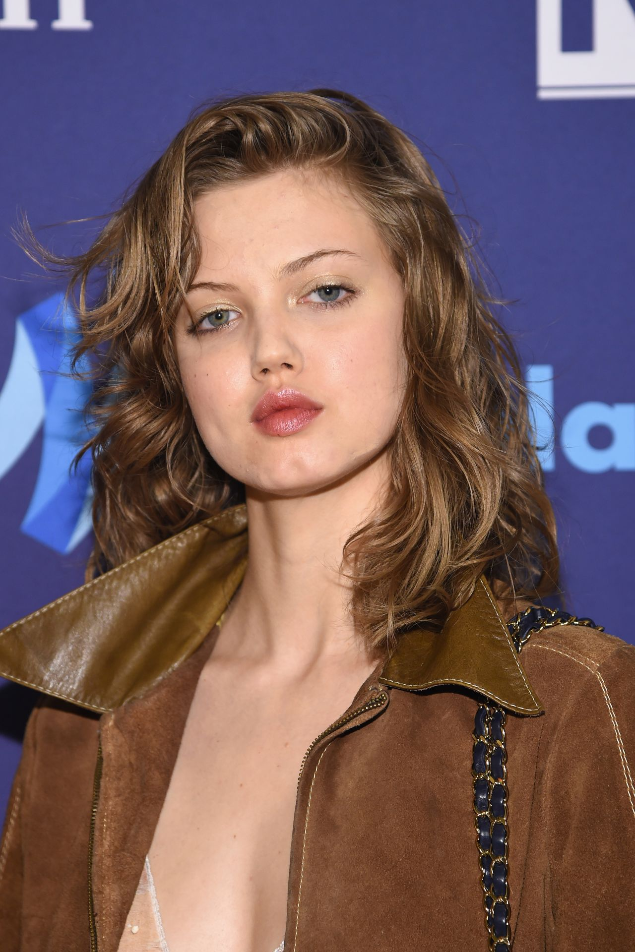 Lindsey Wixson – VIP Red Carpet Suite at the 26th Annual ...