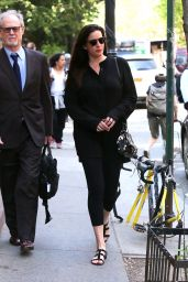 Liv Tyler - Out For a Walk in New York City, May 2015