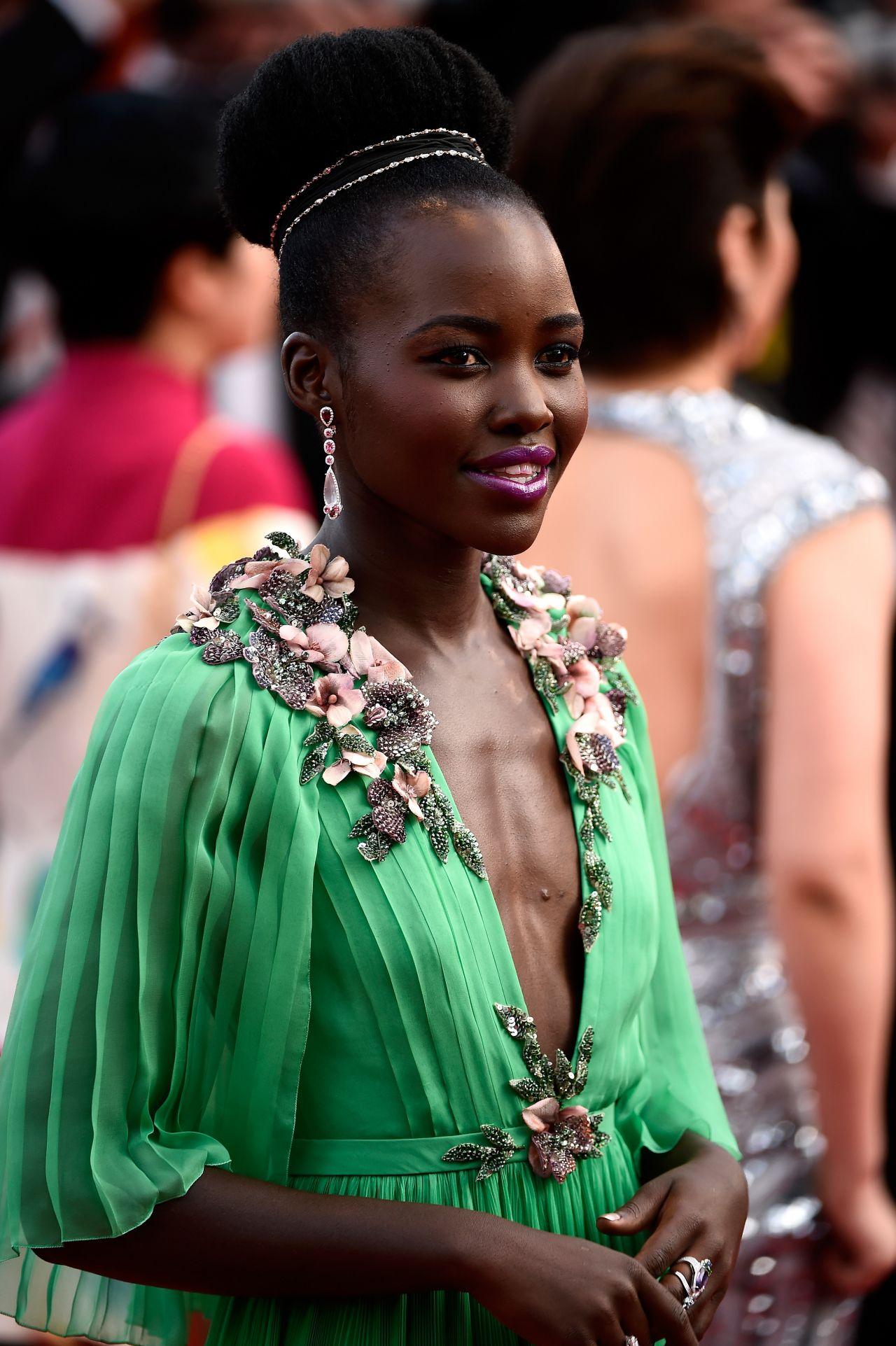 Lupita Nyong O La Tete Haute Premiere 2015 Cannes Film