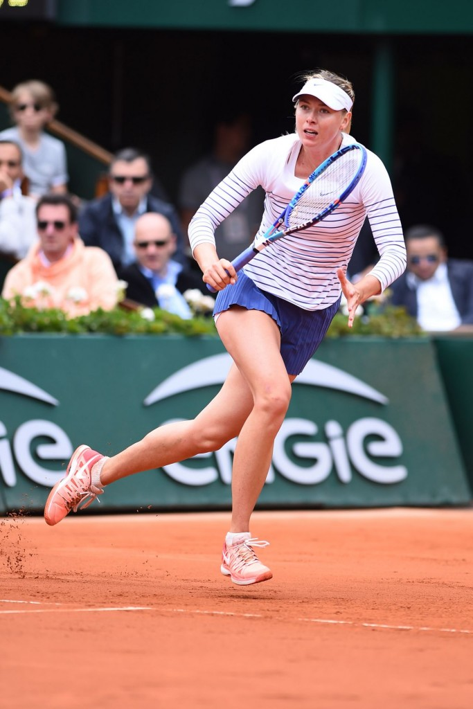maria-sharapova-2015-french-tennis-open-at-roland-garros-in-paris-3rd-round_40