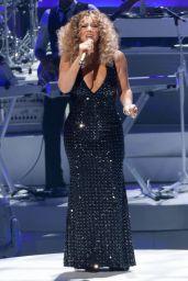 Mariah Carey Performs at The Colosseum at Caesars Palace in Las Vegas, May 2015