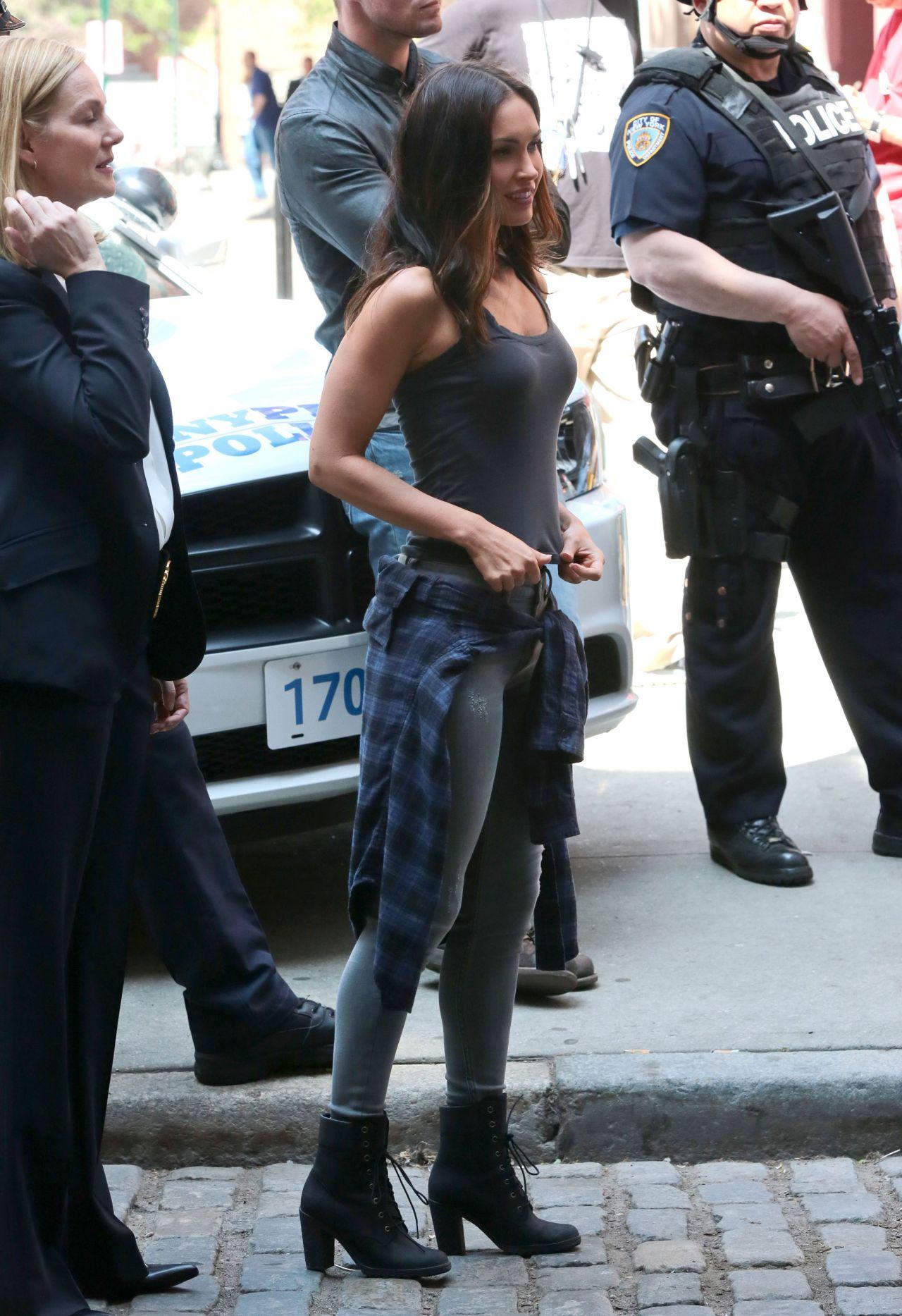 Megan Fox On Set Of Teenage Mutant Ninja Turtles 2 In Nyc May 2015
