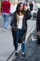 Megan Fox - Set of