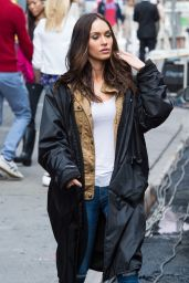 Megan Fox - Set of