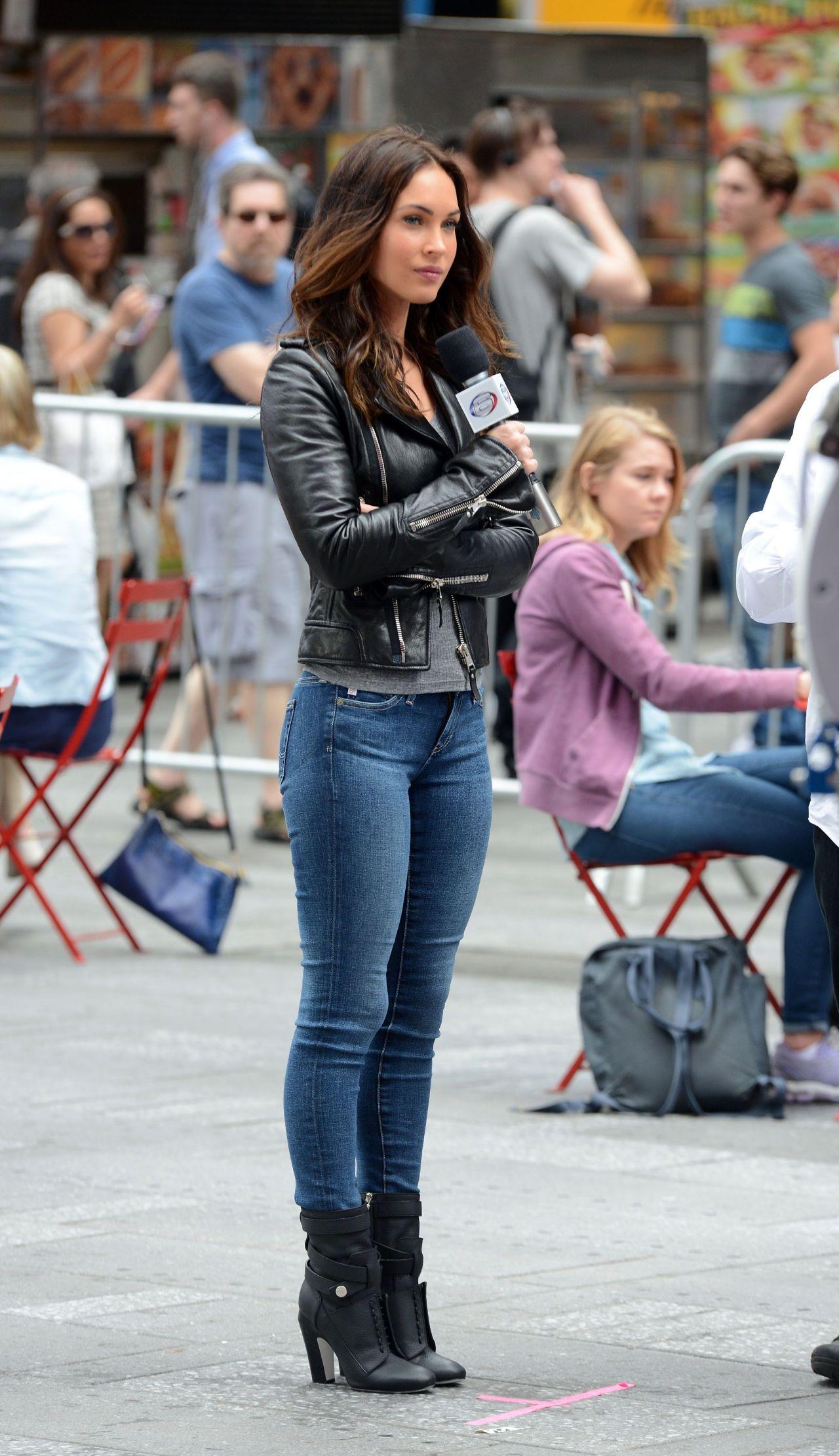 Megan Fox – Teenage Mutant Ninja Turtles 2 - More Set ...