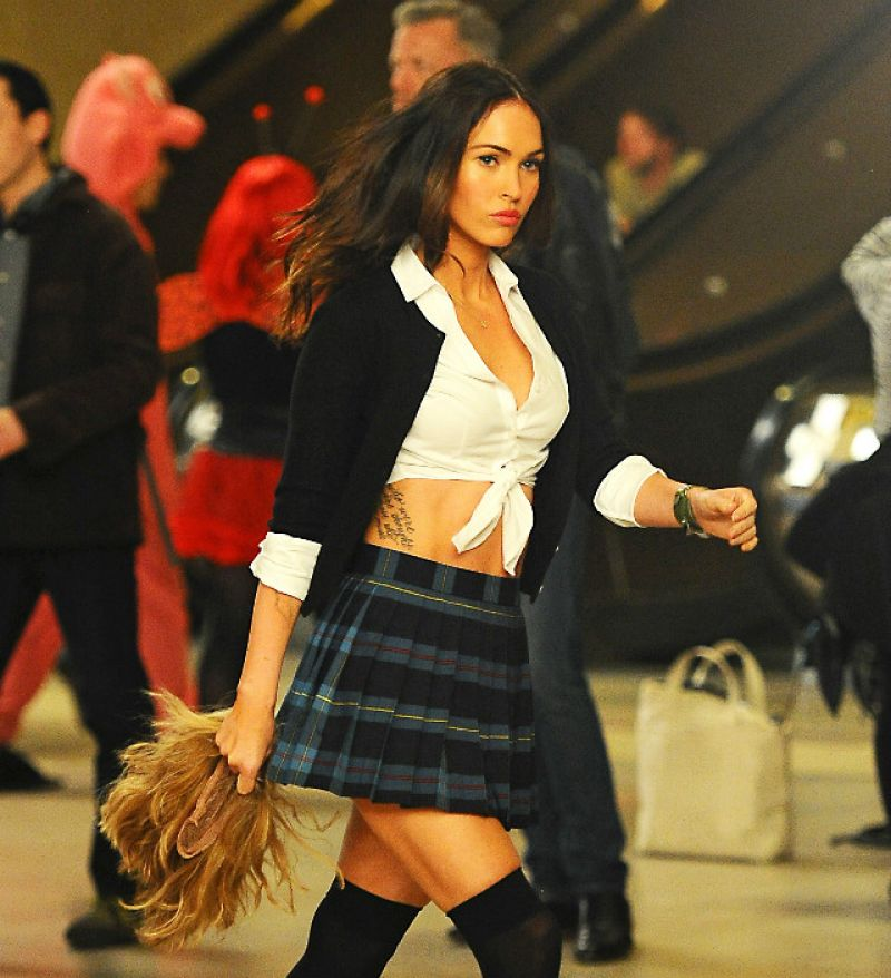 Megan Fox - Teenage Mutant Ninja Turtles 2 Set Photos