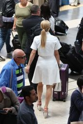 Michelle Hunziker - Arrives at Milan Railway Station in Milan, May 2015