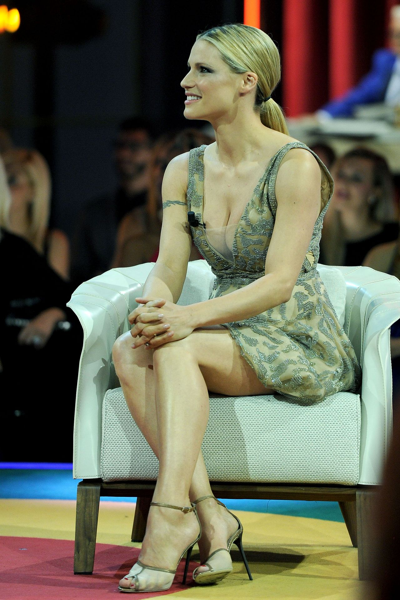 Michelle Hunziker Guest In Tv Show In Milan May 2015