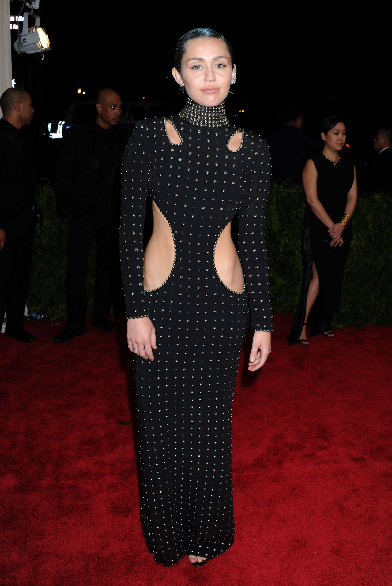 miley cyrus � 2015 costume institute benefit gala in new
