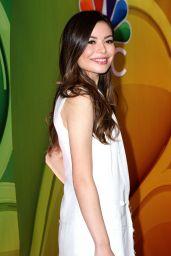 Miranda Cosgrove - 2015 NBC Upfront Presentation, Radio City Music Hall, New York