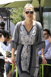 Molly Sims - Out in Los Angeles, May 2015