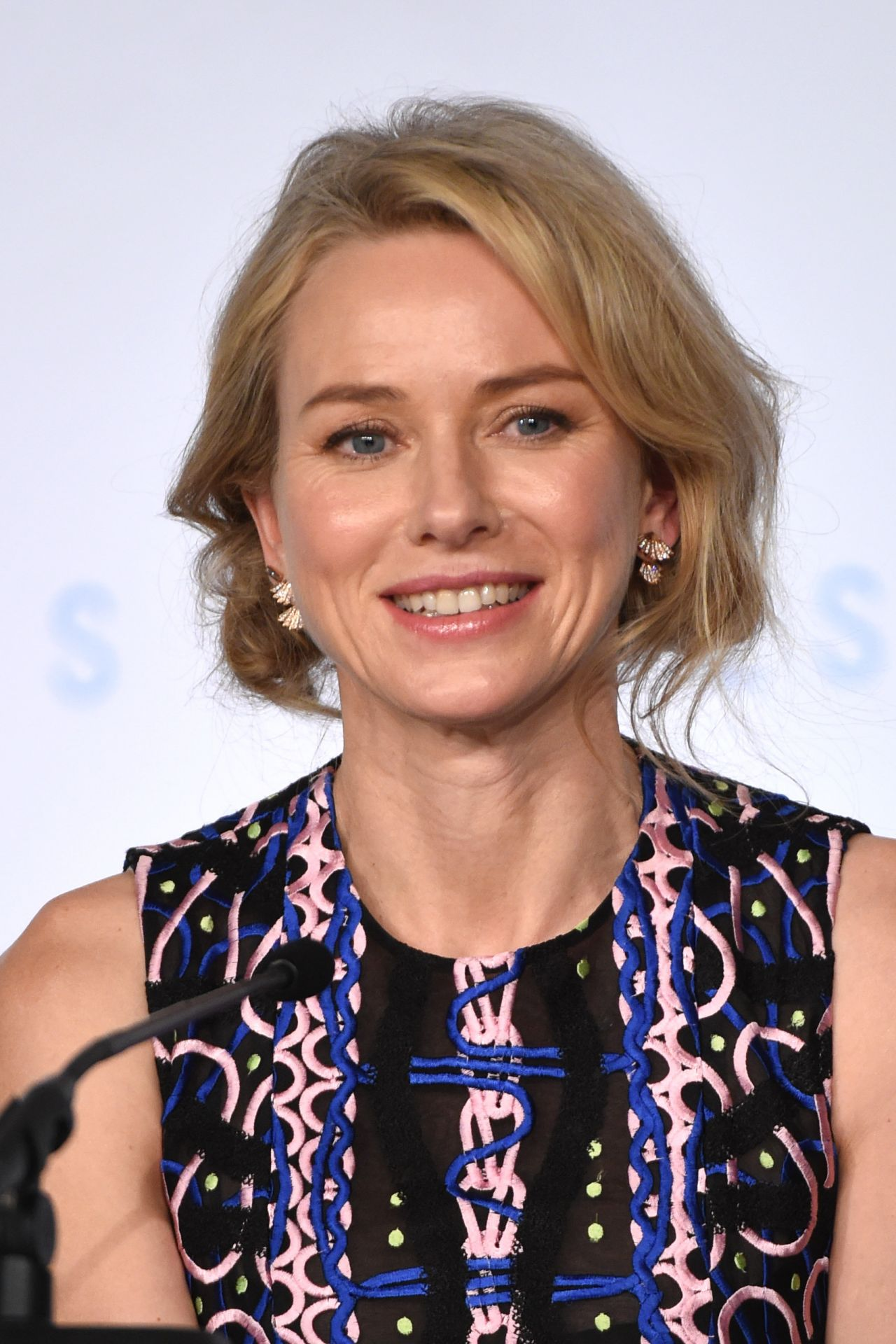 Naomi Watts - The Sea ...