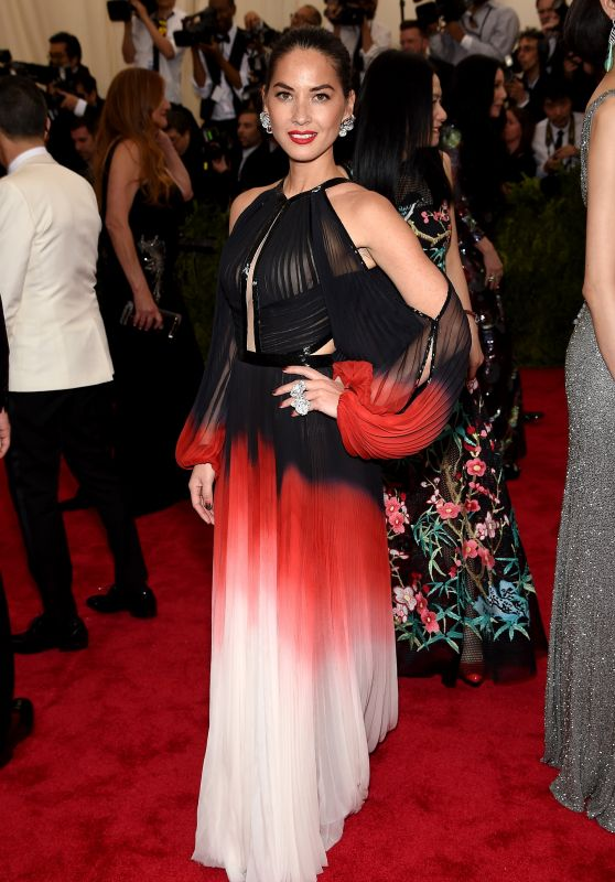 Olivia Munn – Costume Institute Benefit Gala in New York City, May 2015