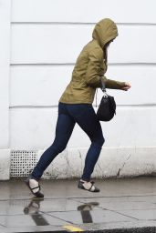 Pippa Middleton -On the Kings Road in Chelsea, April 2015