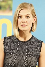 Rosamund Pike - What We Did On Our Holiday Photocall at the Intercontinental Hotel in Madrid