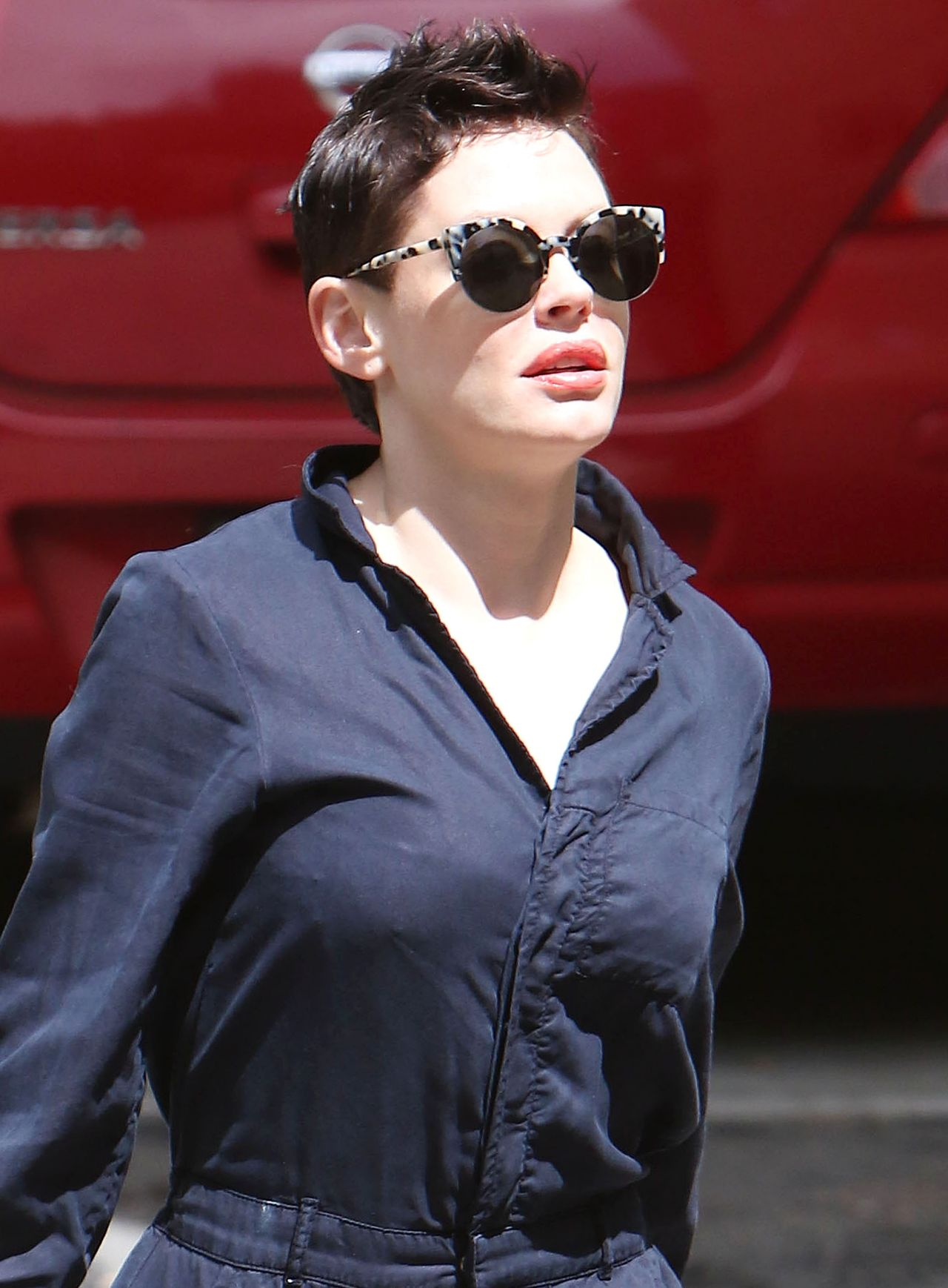 Rose Mcgowan Out In Los Angeles April 2015