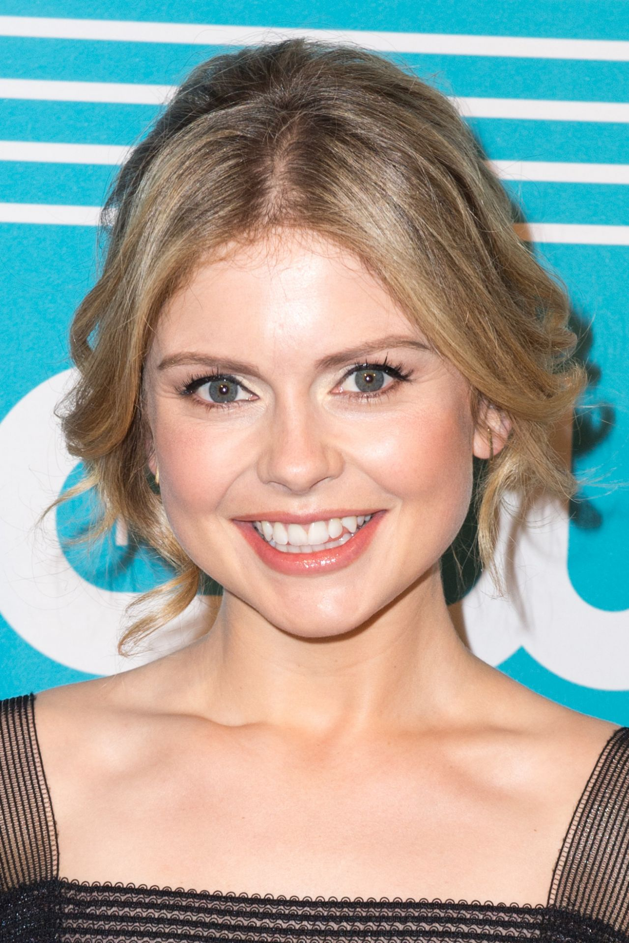 Rose Mciver At Arrivals For The Cw Upfronts 2016 The