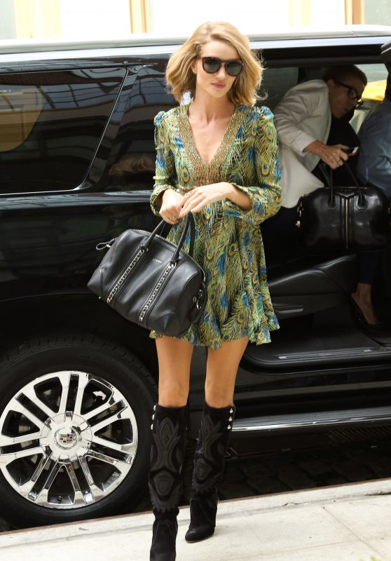 Rosie Huntington-Whiteley - Arriving at Crosby Hotel in New York City, May 2015