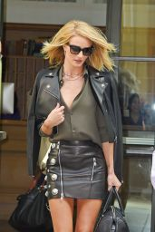 Rosie Huntington-Whiteley - Leaving Her Hotel in New York City, May 2015