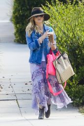 Sarah Michelle Gellar out in Venice, May 2015