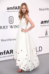 Sasha Luss – 2015 amfAR Cinema Against AIDS Gala in Antibes (France)