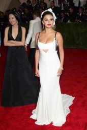 Selena Gomez – Costume Institute Benefit Gala in New York City, May 2015