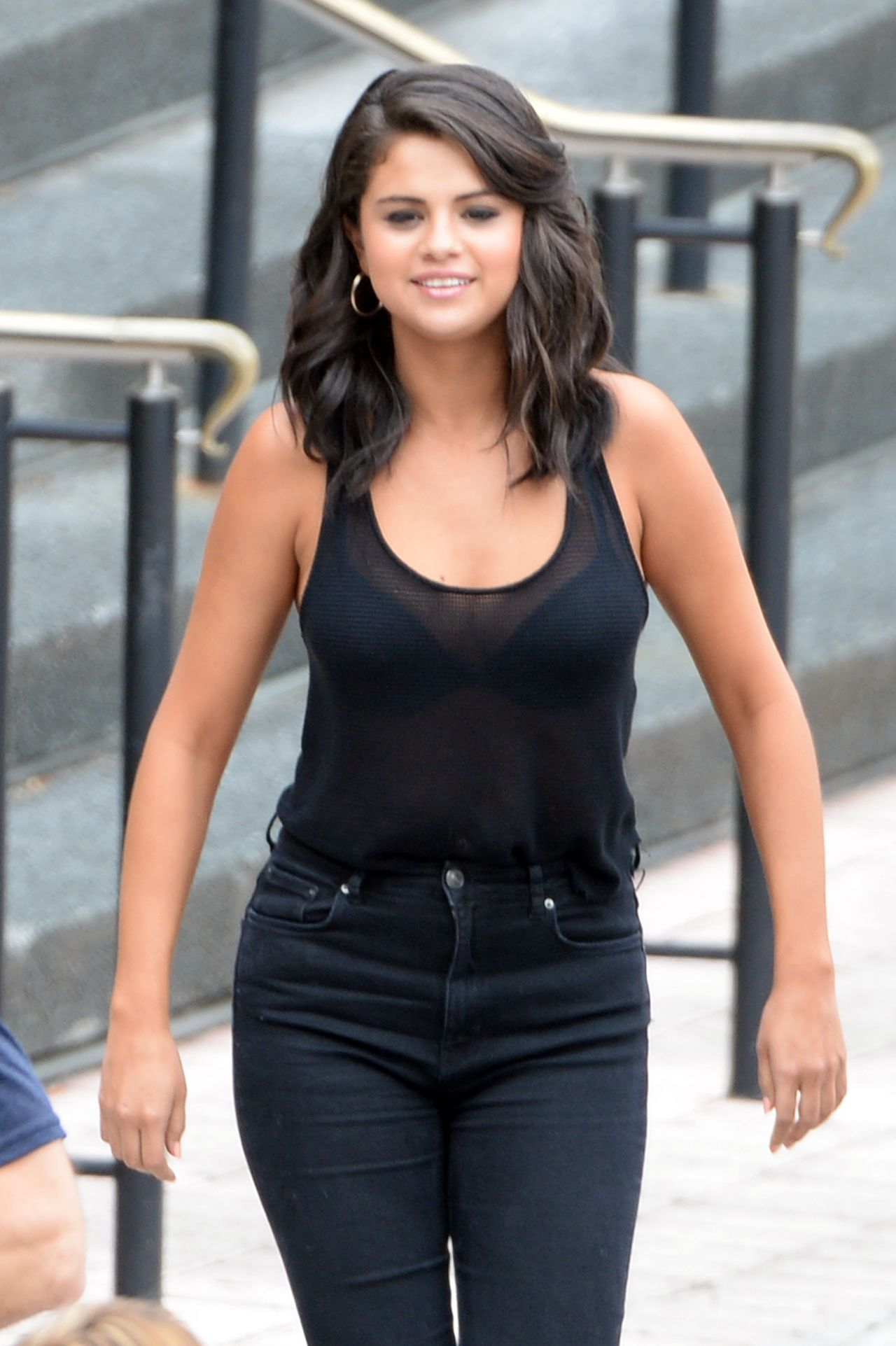 Selena Gomez - Leaving A Casino In New Orleans, Louisiana, May 2015-9906